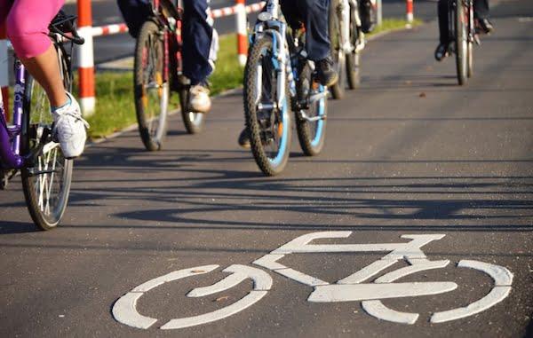 Bicicliști în București - Voucher 500 RON